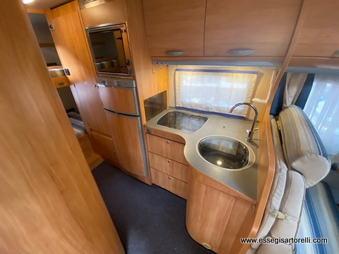 Adria Coral A 680 SK GARAGE 160 cv POWER FULL full